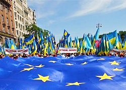Belarusians in Ukraine called to support pro-European choice