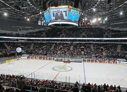 Lukashenka booed at Minsk Arena