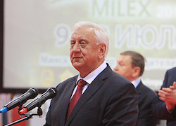 Does Miasnikovich support acquisition of Belarusian military-industrial complex by Russia?