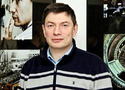Игорь Эйдман: Арестуйте активы чиновников, и Путина вынесут вперед ногами из Кремля