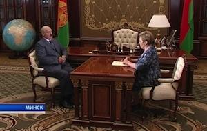 Лукашенко не исключает девальвации белорусского рубля