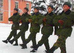 В Беларуси на военные сборы призывают резервистов