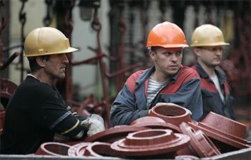 Из промышленности «ушли» 100 тысяч рабочих