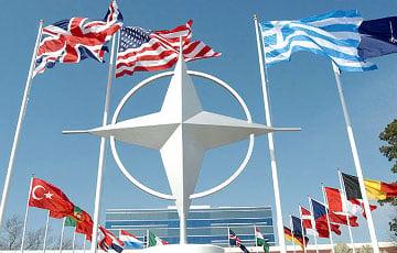 США проведут консультации с НАТО по выходу из ДРСМД