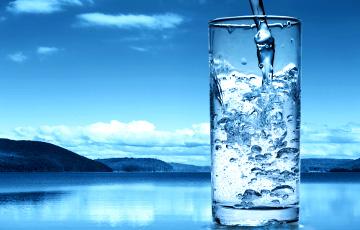 Секреты здоровья: сколько воды нужно пить на самом деле