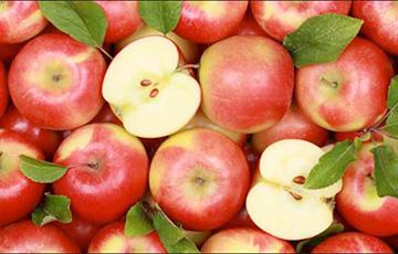 Эксперты рассказали, у каких фруктов и овощей не стоит удалять кожуру