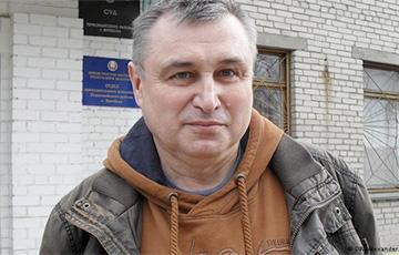 "Vitsebsk Human Rights Defender Puts ""Judge- Chairwarmer"" Down"