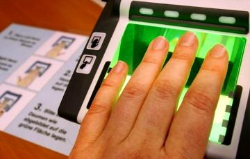 При каждом въезде в Шенгенскую зону белорусы будут сдавать отпечатки пальцев