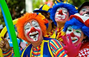Тунеядцы на гособеспечении: чем занимаются идеологи в цирке?