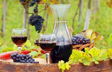 Врачи рассказали о пользе красного вина