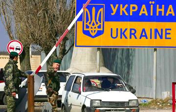Украінцаў масава разварочваюць на расейскай мяжы