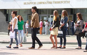 Белорусские вузы начали принимать документы: даты, которые должен знать каждый абитуриент