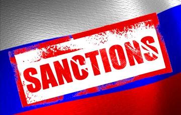 ЕС вводит новые санкции против России из-за Навального