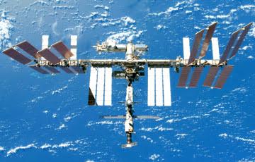 Впервые в истории в открытый космос вышли две женщины