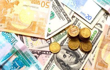 В декабре рубль будет только дешеветь