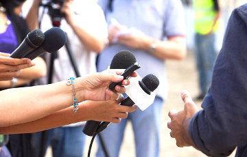 Задержанных днем журналистов будут судить за участие в несанкционированной акции
