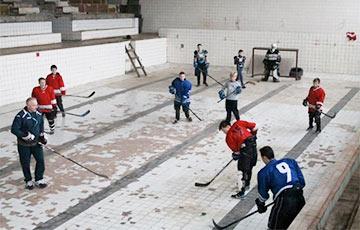 Лукашенко освободил хоккейные клубы от платы за государственную недвижимость