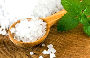 Медики рассказали, какую пользу для здоровья может принести соль