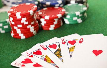 Правительство Украины планирует заработать миллиарды на легализации азартных игр