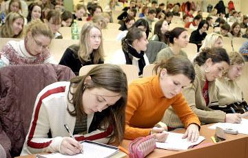 Исследование: Автономию белорусских университетов еще больше ограничат