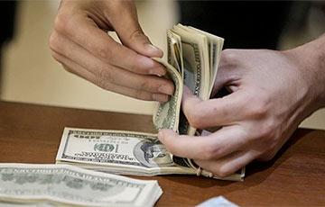 С понедельника доллар будет расти