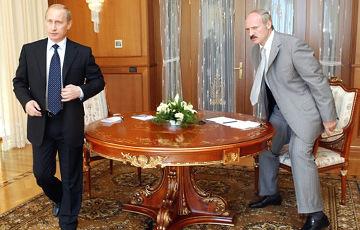 Андрей Санников: Россия может разместить в Беларуси ядерное оружие