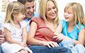 Почему в Беларуси молодежь не спешит создавать семью