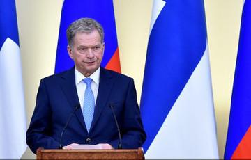 Президент Финляндии просит снизить себе зарплату