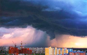 Сіноптыкі расказалі пра новыя навальніцы і залевы ў Беларусі