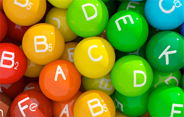 Медики назвали витамин, который лучше всего защищает от старения