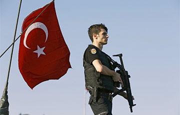 В Турции произошли бои между курдскими боевиками и армией