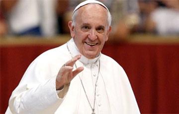 Папа Франциск устроил обед для полутора тысяч бедняков