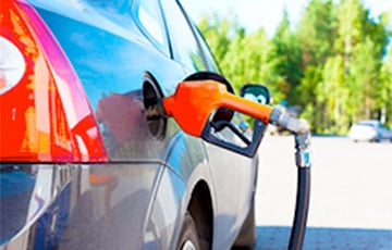 Belneftekhim Responds To Belarusians' Enquiry On Fuel Prices Decrease