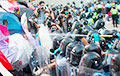 В Гонконге создали игру, которая позволяет побывать на баррикадах в виртуальной реальности