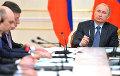 СМИ: Лукашенко пытается угадать, что задумал Путин