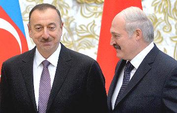 «Коммерсанта»: Лукашэнка выступаў за прысутнасць Аліева на саміце АДКБ