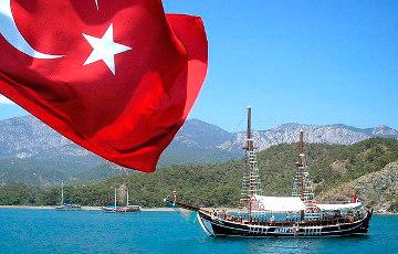 «Больше этого не повторю»: Как случчанка съездила в Турцию по горящей путевке