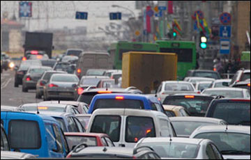«За пять лет — минус миллион машин»