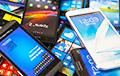 Учителя сообщают о запрете мобильников в школах