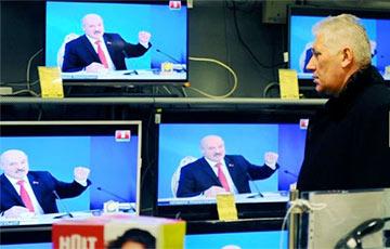 Почти каждый второй белорус не пользуется телевизором