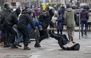 Украинский правозащитник: Европа должна адекватно отреагировать на события в Минске