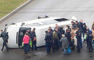 Сталі вядомыя падрабязнасці сутыкнення міліцэйскага аўто з маршруткай у Віцебску