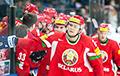 Хоккейный матч между Беларусью и Украиной завершился курьезом