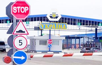 На границе с Беларусью на украинского пограничника наехал автомобиль нарушителя
