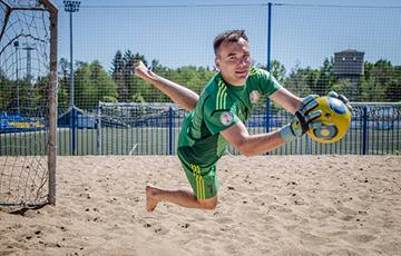 Беларусь победила Францию в матче Евролиги по пляжному футболу