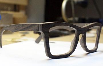 Ученые разработали фильтры для очков, которые позволяют видеть в темноте