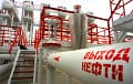 Moscow threatens to cut oil supplies to Belarus