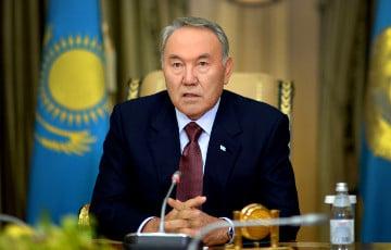 Транзит, обнажающий трещины в казахском «монолите»