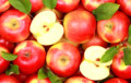 Ученые рассказали, как правильно есть яблоки