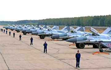 Российская авиабаза появится в Бобруйске уже в январе 2016 года
